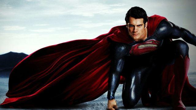 """Man Of Steel"": Sehen wir ""The Witcher""-Star Henry Cavill nochmal als Superman?"