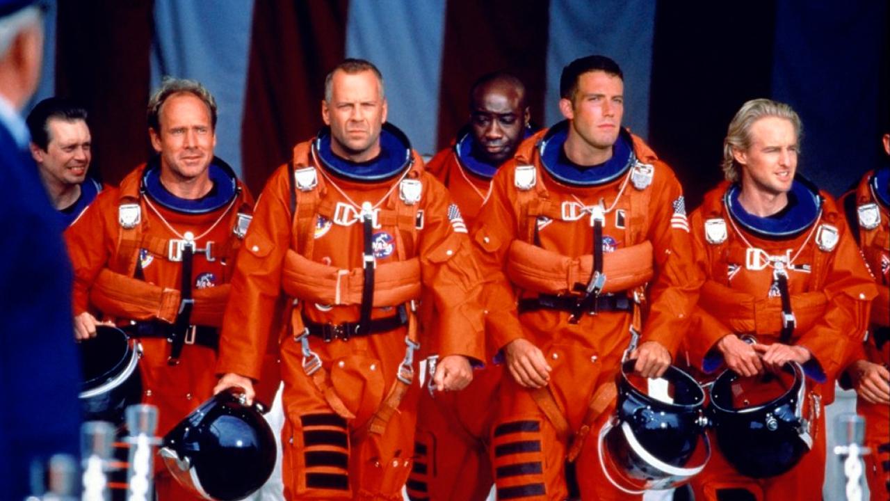 Armageddon Lasst Grussen Roland Emmerich Schickt Disney Star In Moonfall Ins All Kino News Filmstarts De
