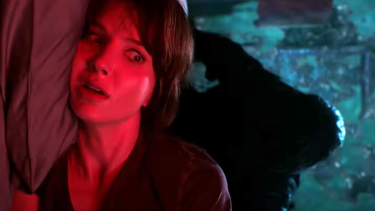 """Der neue Horrorfilm vom Regisseur von """"Saw"""" & """"The Conjuring"""": Im deutschen Trailer zu """"Malignant"""" wütet ein finsterer Killer"""
