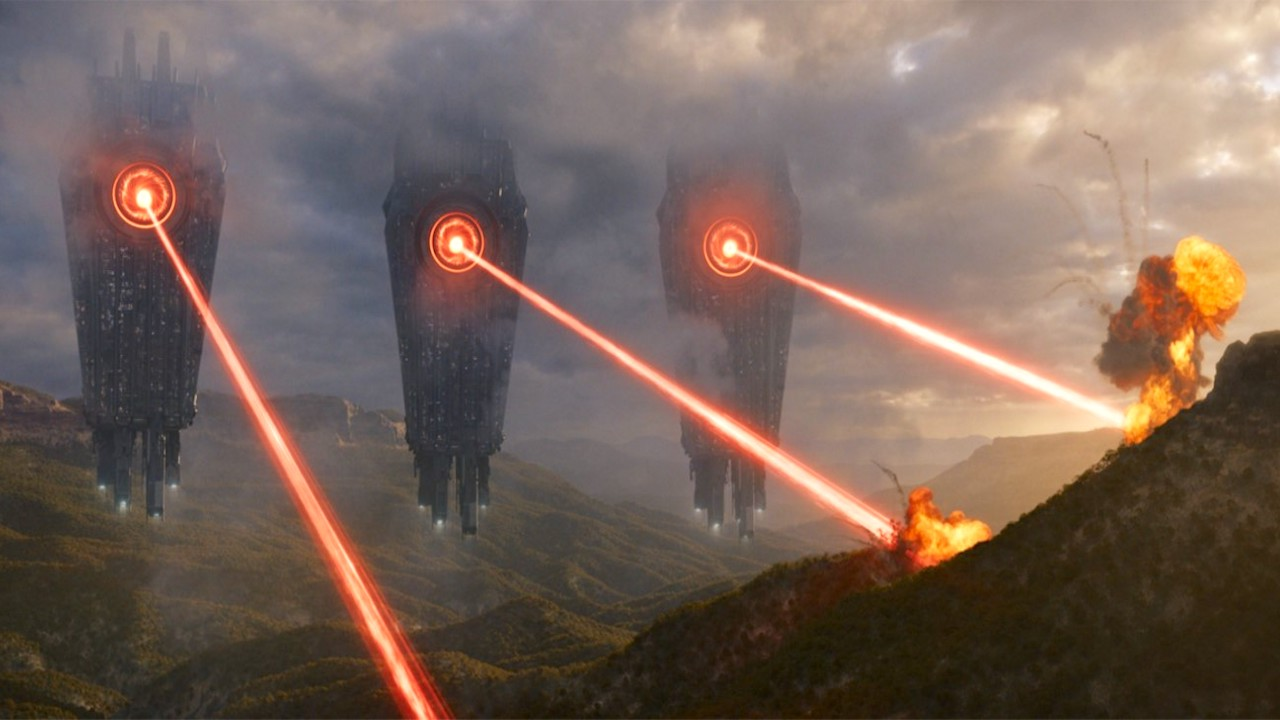 """Neu im Heimkino: In diesem Sci-Fi-Kracher erwartet euch ein Action-Feuerwerk mit """"Star Wars""""-Star und jeder Menge Aliens"""