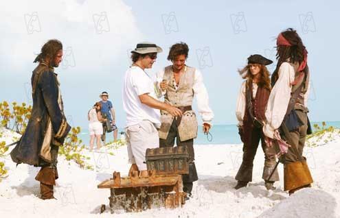 Pirates of the Caribbean - Fluch der Karibik 2 : Bild Gore Verbinski, Jack Davenport, Johnny Depp, Keira Knightley, Orlando Bloom