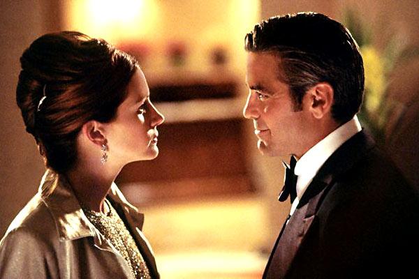 Ocean's Eleven: Julia Roberts, George Clooney
