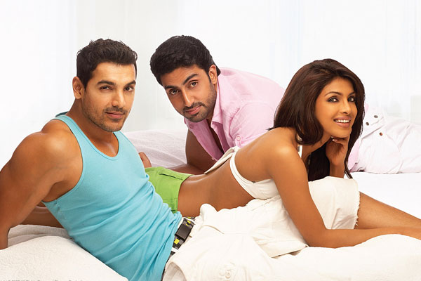 Echte Freunde - Dostana: Tarun Mansukhani, Priyanka Chopra Jonas, Abhishek Bachchan, John Abraham (II)