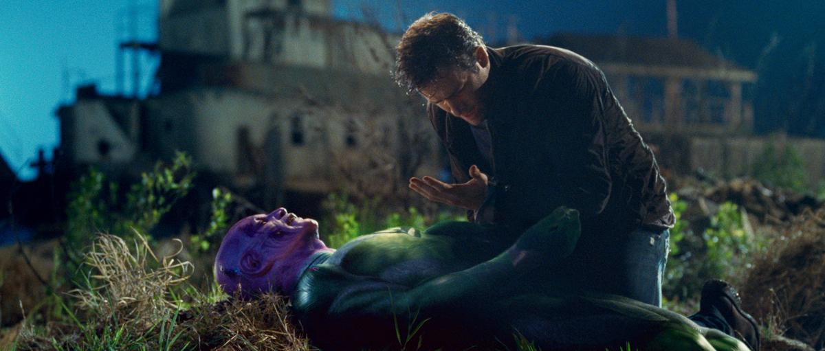 Green Lantern: Temuera Morrison, Ryan Reynolds