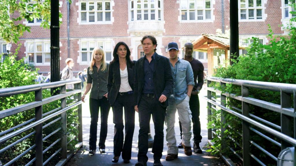 Bild Aldis Hodge, Beth Riesgraf, Christian Kane, Gina Bellman, Timothy Hutton