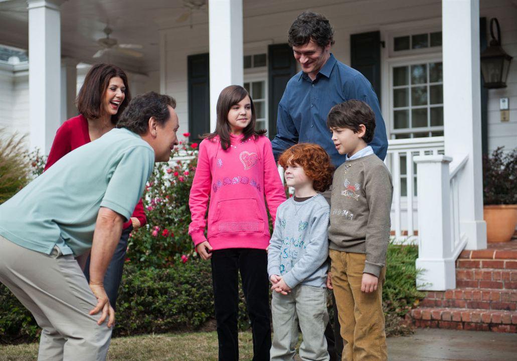 Die Bestimmer - Kinder haften für ihre Eltern : Bild Bailee Madison, Billy Crystal, Joshua Rush, Kyle Harrison Breitkopf, Marisa Tomei