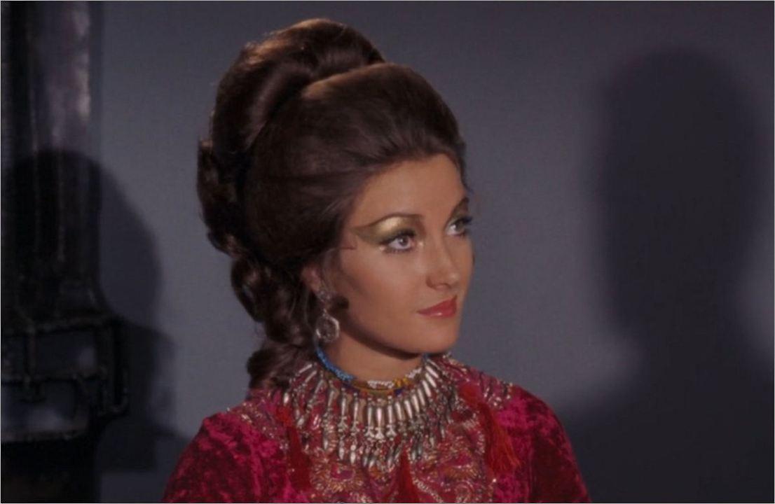 """Solitaire (Jane Seymour) in """"James Bond 007 - Leben und sterben lassen"""""""