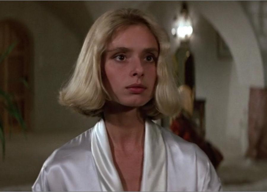 """Kara Milovy (Maryam d'Abo) in """"James Bond 007 - Der Hauch des Todes"""""""