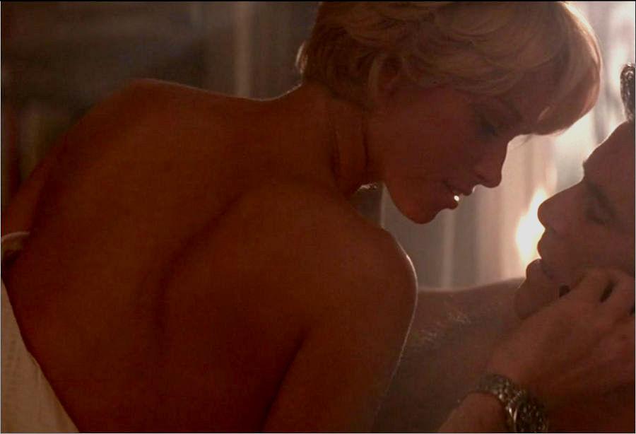 """Professor Inga Bergstrom (Cecilie Thomsen) in """"James Bond 007 - Der Morgen stirbt nie"""""""