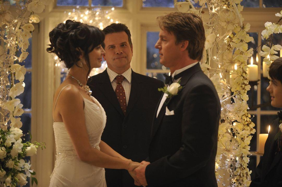 Cassie - Eine verhexte Hochzeit: Catherine Bell, Chris Potter
