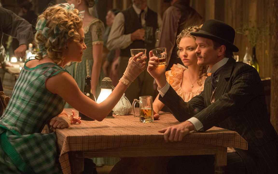 A Million Ways To Die In The West: Amanda Seyfried, Neil Patrick Harris