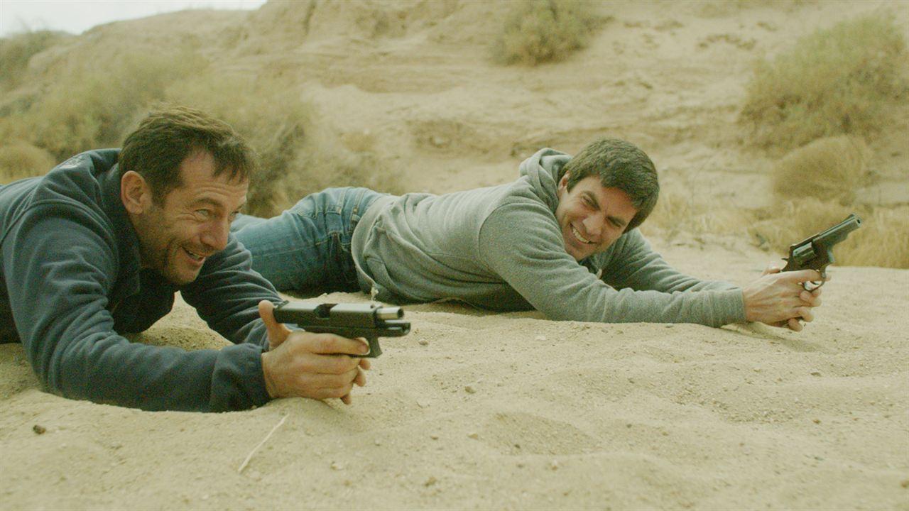 After the Fall : Bild Jason Isaacs, Wes Bentley