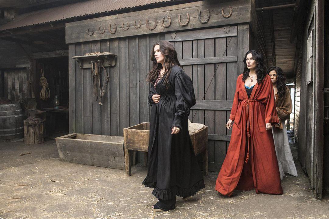 Bild Jenna Dewan, Julia Ormond, Mädchen Amick