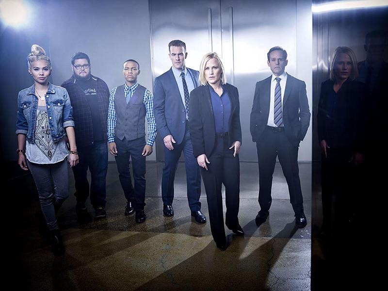CSI: Cyber : Bild Charley Koontz, Hayley Kiyoko, James Van Der Beek, Patricia Arquette, Peter MacNicol