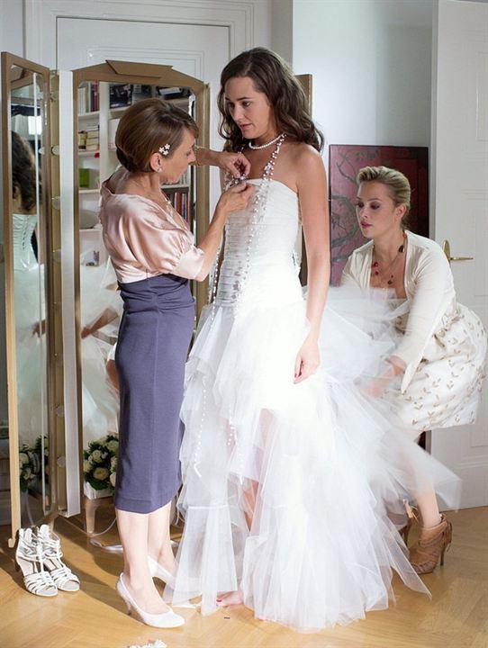 Bild von Im Brautkleid meiner Schwester - Bild 1 auf 6