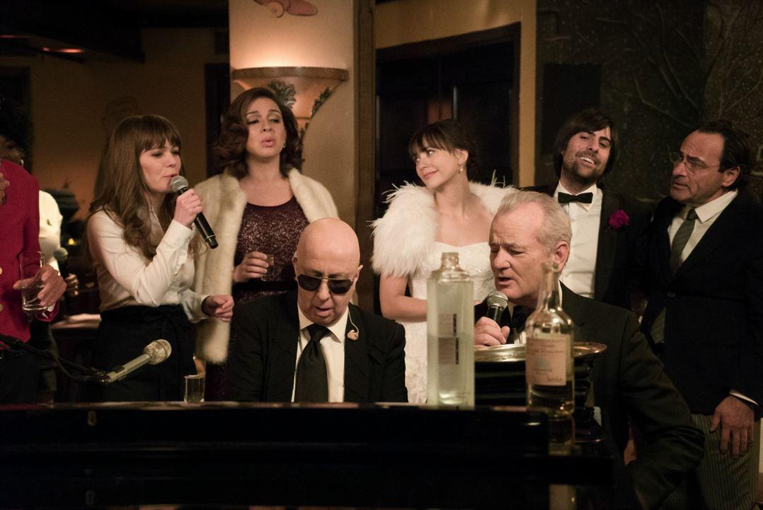 A Very Murray Christmas : Bild Bill Murray, Dimitri Dimitrov, Jason Schwartzman, Jenny Lewis, Maya Rudolph