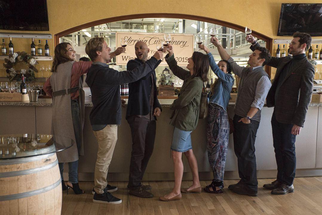 Bild Annie Parisse, Billy Eichner, Cobie Smulders, Fred Savage, Jae Suh Park