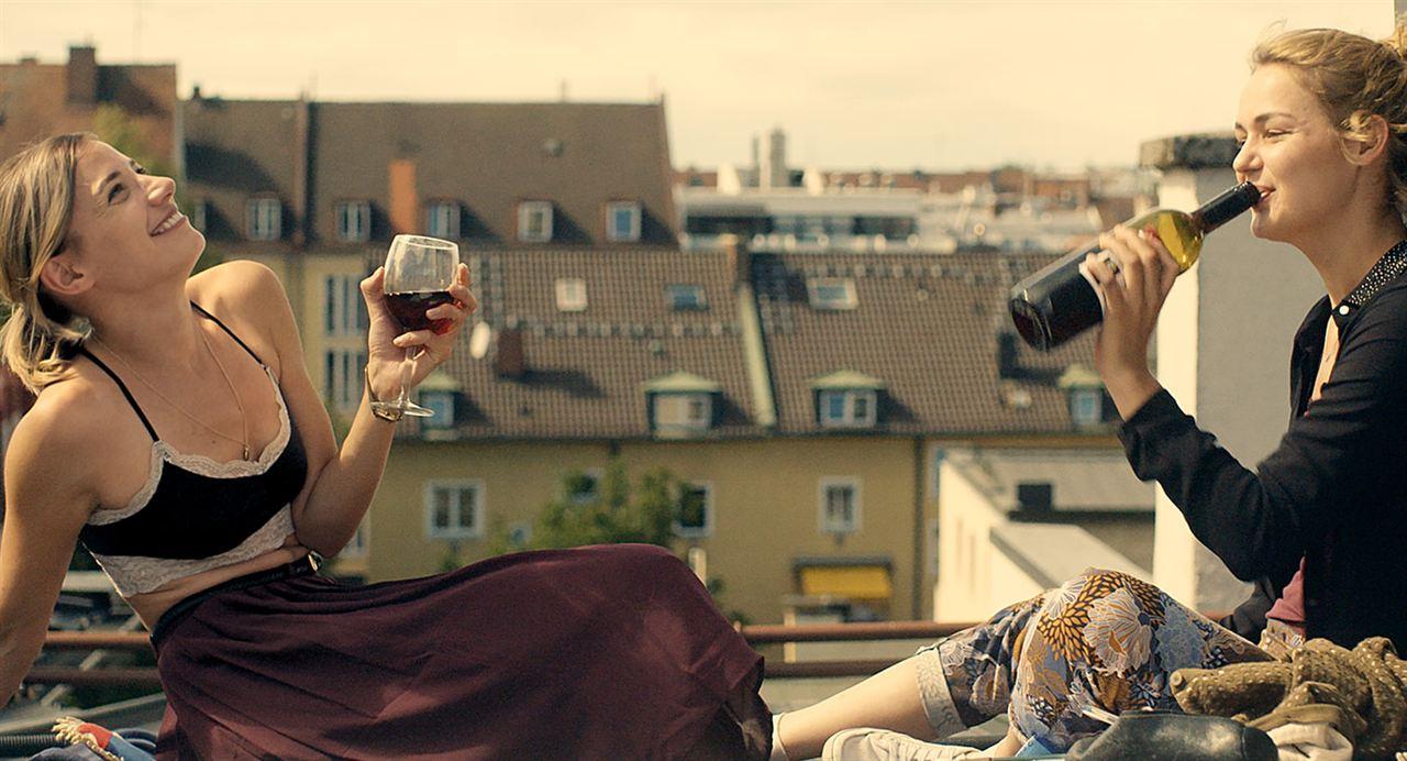 Einmal bitte alles : Bild Jytte-Merle Böhrnsen, Luise Heyer