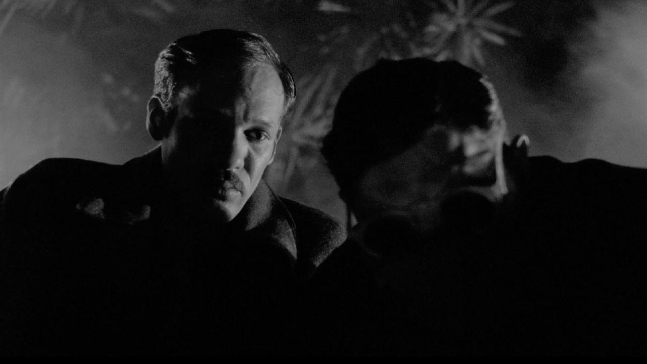 9 Doigts: Damien Bonnard, Paul Hamy