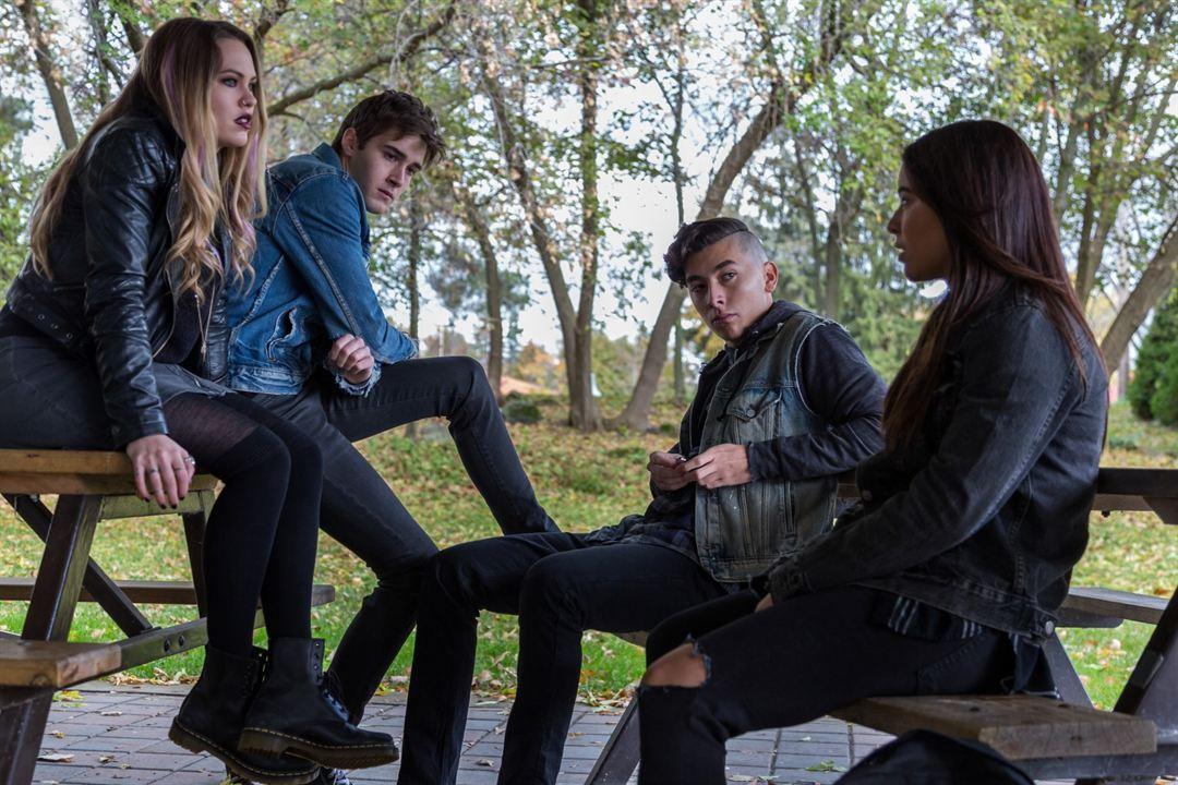 Pyewacket - Tödlicher Fluch : Bild Chloe Rose, Eric Osborne, Nicole Munoz, Romeo Carere
