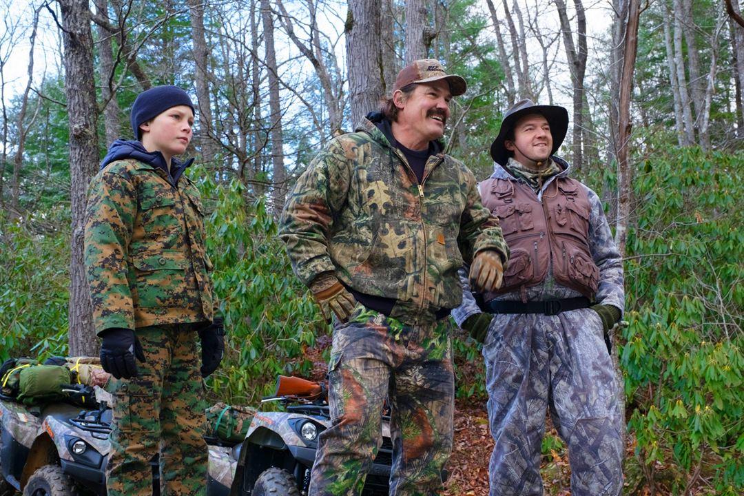 Das Vermächtnis des Weißwedelhirschjägers : Bild Danny McBride, Josh Brolin, Montana Jordan