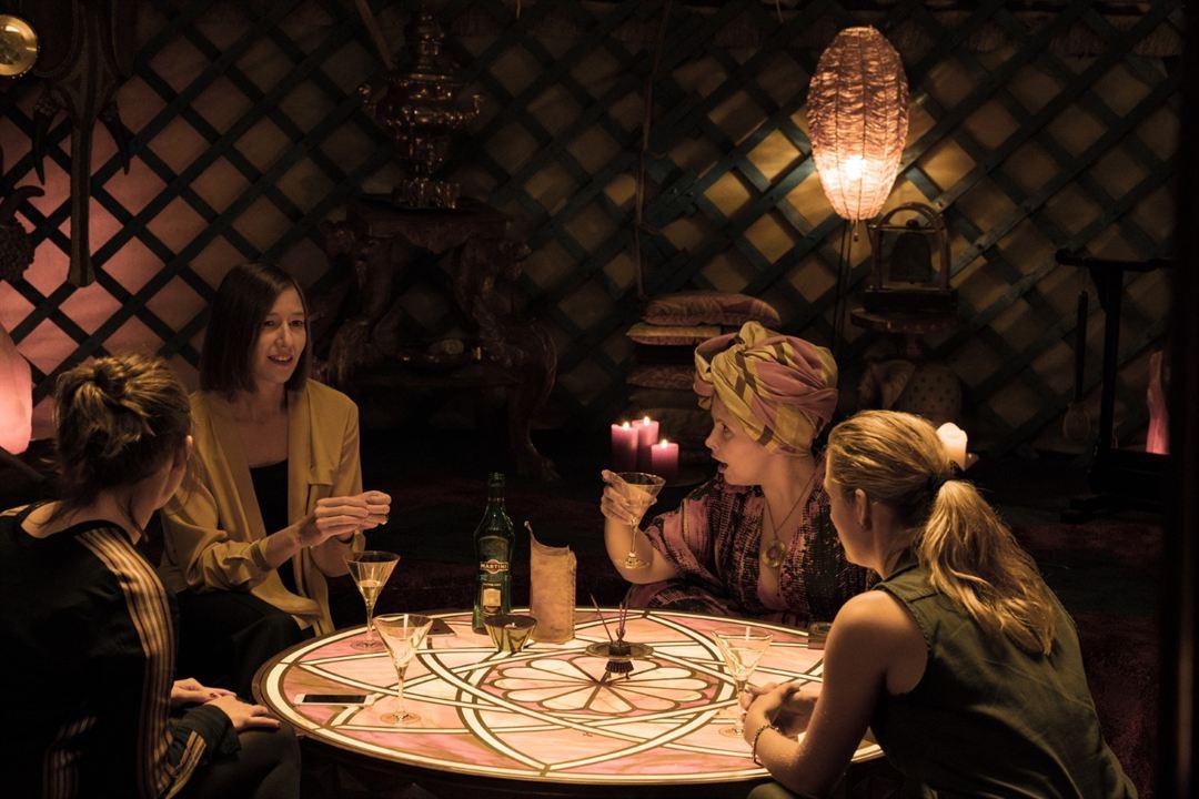 Wuff : Bild Emily Cox, Johanna Wokalek, Maite Kelly, Marie Burchard