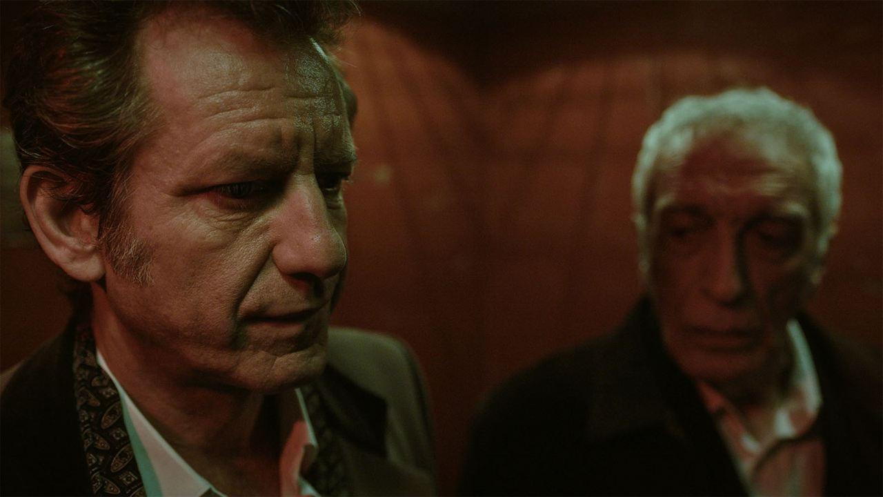 Bild zu Vincent Winterhalter - Vous êtes jeunes, vous êtes beaux : Bild Gérard  Darmon, Vincent Winterhalter - FILMSTARTS.de