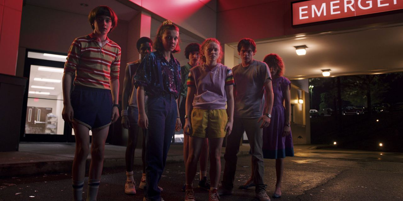 Bild Caleb McLaughlin, Charlie Heaton, Finn Wolfhard, Millie Bobby Brown, Natalia Dyer