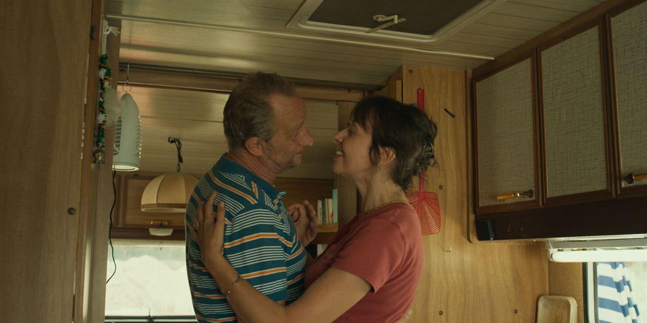 Der Sommer mit Pauline : Bild Benoît Poelvoorde, Valérie Bonneton
