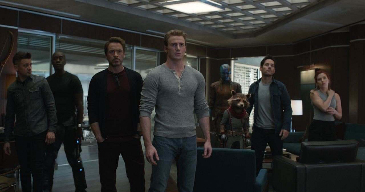 Avengers 4: Endgame: Don Cheadle, Robert Downey Jr., Paul Rudd, Karen Gillan, Scarlett Johansson, Jeremy Renner, Chris Evans
