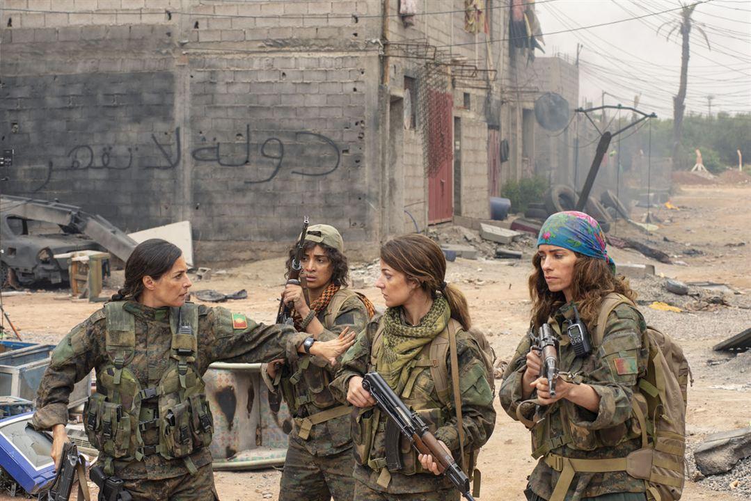 Operation Red Snake - Band Of Sisters : Bild Amira Casar, Camélia Jordana, Esther Garrel, Noush Skaugen