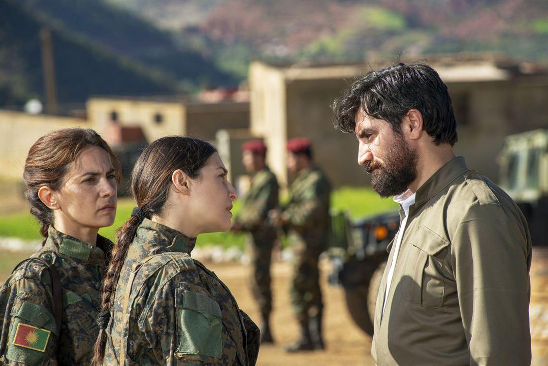 Operation Red Snake - Band Of Sisters: Amira Casar, Maya Sansa, Korkmaz Arslan