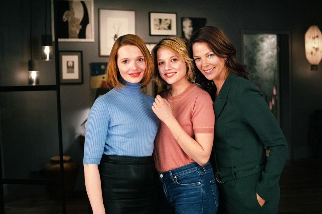 Das perfekte Geheimnis : Bild Jella Haase, Jessica Schwarz, Karoline Herfurth