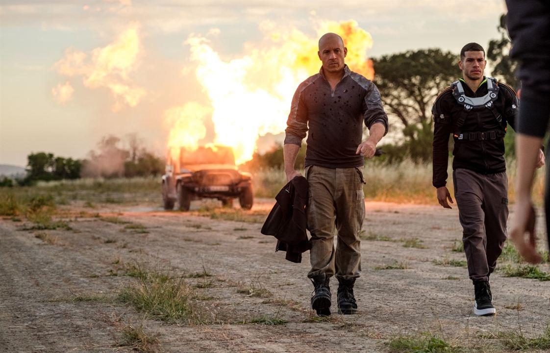 Bloodshot : Bild Alex Hernandez, Vin Diesel