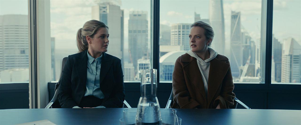 Der Unsichtbare: Elisabeth Moss, Harriet Dyer