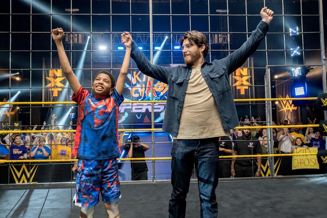 Mein WWE Main Event : Bild Adam Pally, Seth Carr
