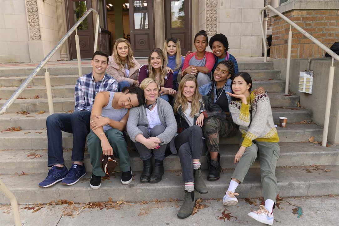 Moxie. Zeit, zurückzuschlagen : Bild Alycia Pascual-Pena, Amy Poehler, Anjelika Washington, Charlie Hall, Hadley Robinson