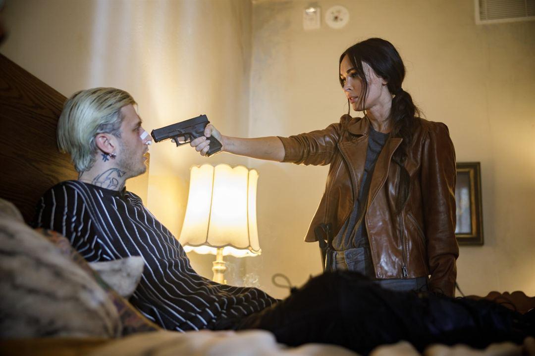 Midnight in the Switchgrass - Auf der Spur des Killers:  Machine Gun Kelly, Megan Fox