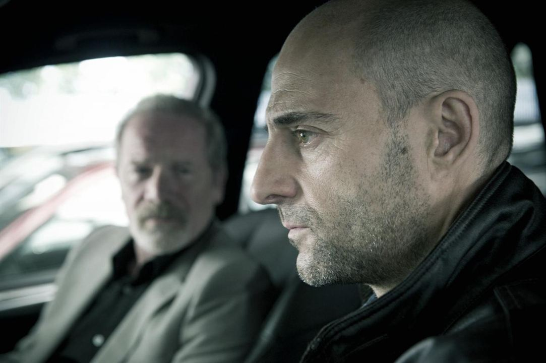 Enemies - Welcome to the Punch: Peter Mullan, Mark Strong